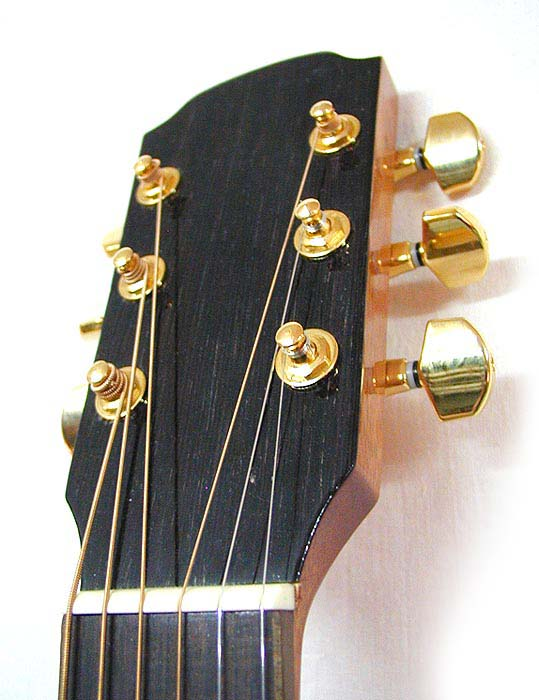 Гитара электроакустическая STRUNAL-CREMONA J977EA.